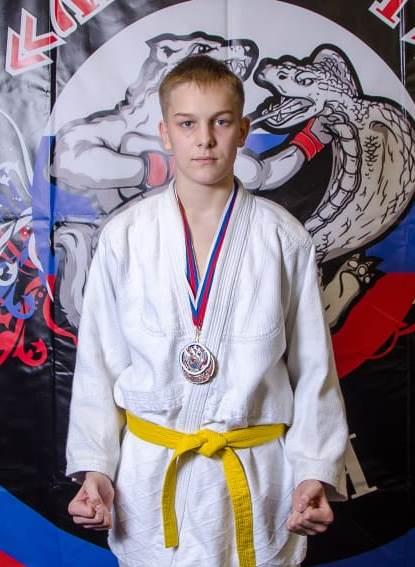 Поздравляем с Днём Рождения Разумова Арсения! Желаем Ему Здоровья и Успехов в Учёбе и Спорте!